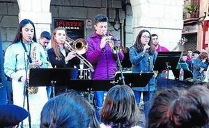 Música por los Derechos Humanos en Maala