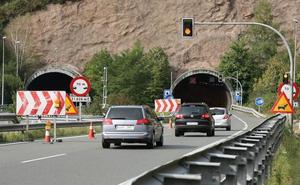 La A-15 se cerrará a camiones de mayo a septiembre por obras en un túnel