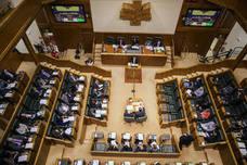 El Parlamento Vasco pide derogar el 155 en Cataluña y la libertad para encarcelados