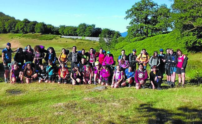 Nuevas ediciones de los campamentos Euskaraz Blai! y Udaleku Ibiltaria