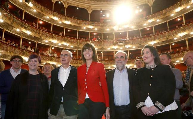 El eurodiputado Ramón Jáuregui anuncia ante los socialistas vascos que deja la política