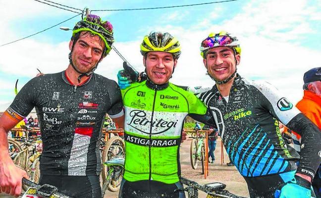 Buena actuación de Petritegi Astigarraga Taldea en la Aragón Bike Race