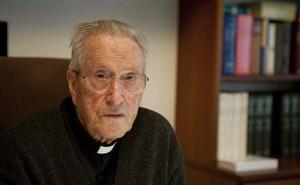 El obispo emérito de San Sebastián José María Setién cumple 90 años
