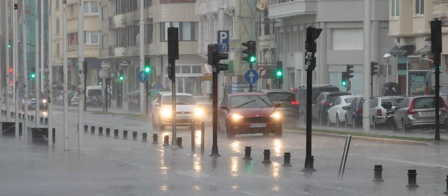 Lluvia y granizo en Donostia