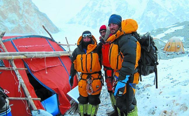 Carlos Suárez: «El alpinismo se diferencia de cualquier otro deporte porque arriesgas la vida»