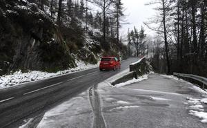 Complicada mañana en las carreteras de Gipuzkoa
