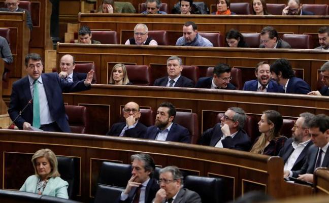 El PNV acusa a PP, PSOE y Cs de buscar «oscurantismo» en reforma ley de Secretos