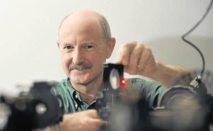 Rafael Yuste neurobiologoak 'E.T.' filma aurkeztuko du Tabakaleran