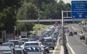 Tráfico prevé casi medio millón de desplazamientos en Euskadi en Semana Santa, un 4% más que en 2017