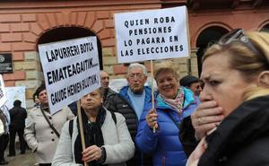 El Parlamento Vasco rechaza que el Gobierno Vasco complemente las pensiones hasta los 1.080 euros