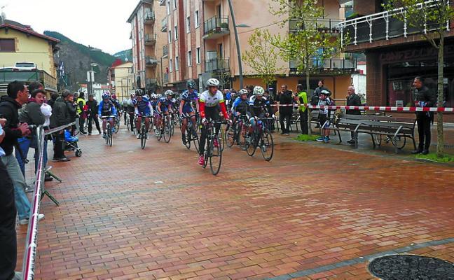 Hegialde, lista para su quinta prueba de ciclismo interescolar
