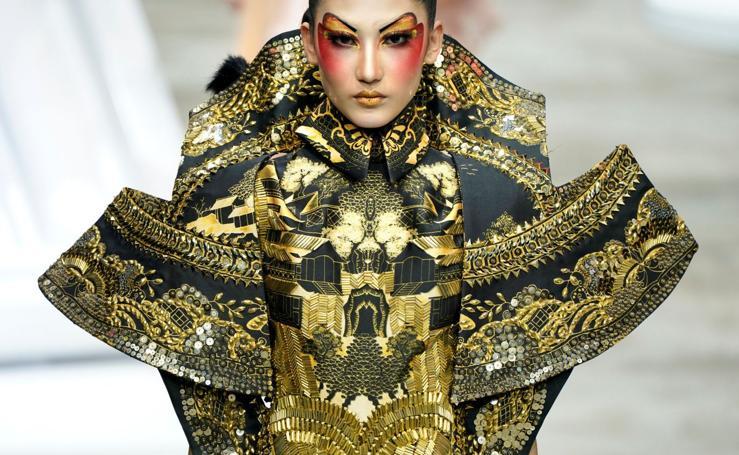 Extravagante moda china