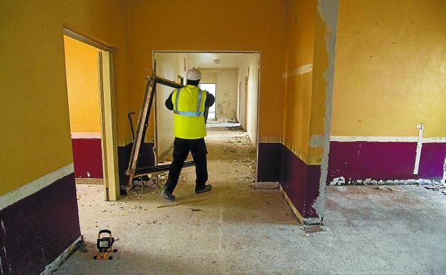 Las obras para habilitar el nuevo centro nocturno ya están en marcha