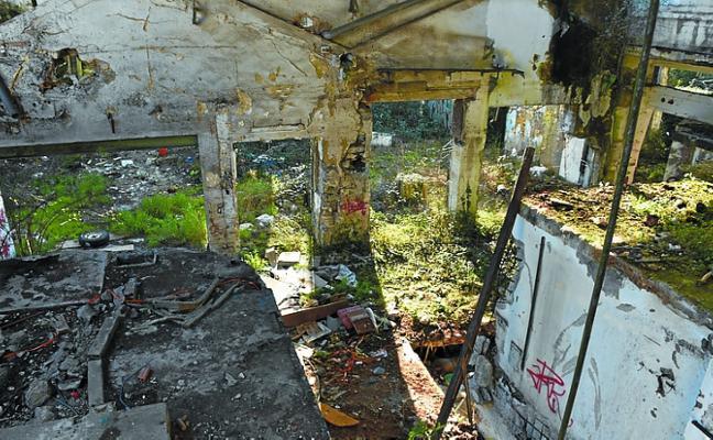 Cuenta atrás para el derribo de las ruinas de Celulosas de Andoain