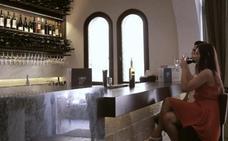Un simpa de 4.000 euros por dos botellas de vino