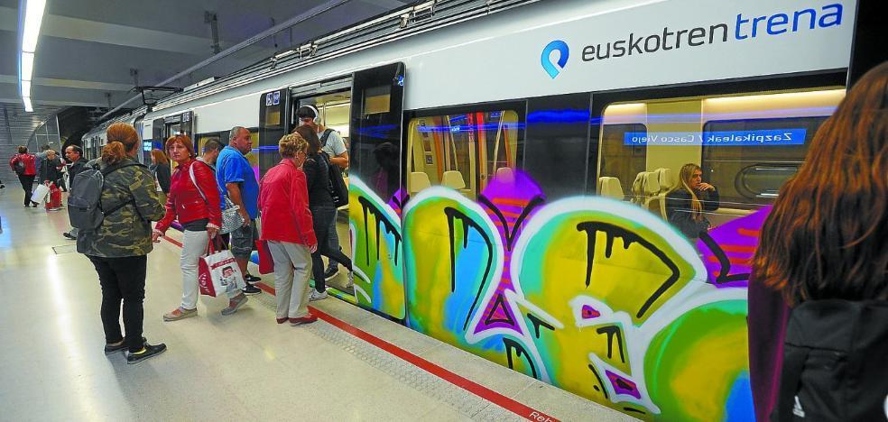 Euskotren y Renfe refuerzan medidas contra los ataques de grafiteros