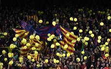 La UEFA abre expediente al Barça por los globos independentistas ante la Roma