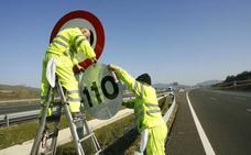 La DGT estudia bajar a 90 km/h la velocidad máxima en las carreteras convencionales
