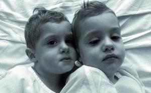 Muere el segundo de los mellizos de Arrasate afectados por una enfermedad genética