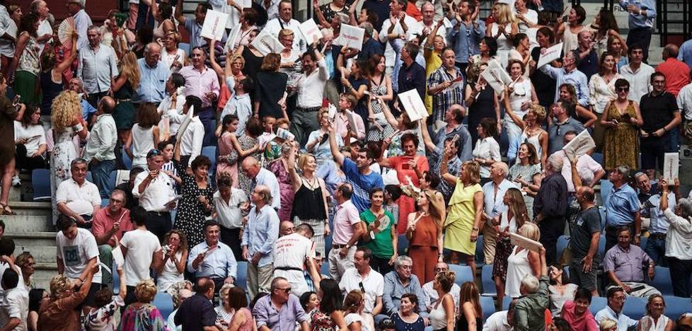 Los tribunales anulan la consulta popular sobre los toros convocada por Goia en 2016