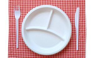Prohibidos los platos, vasos, cubiertos y pajitas de plástico desde del 1 de enero de 2020