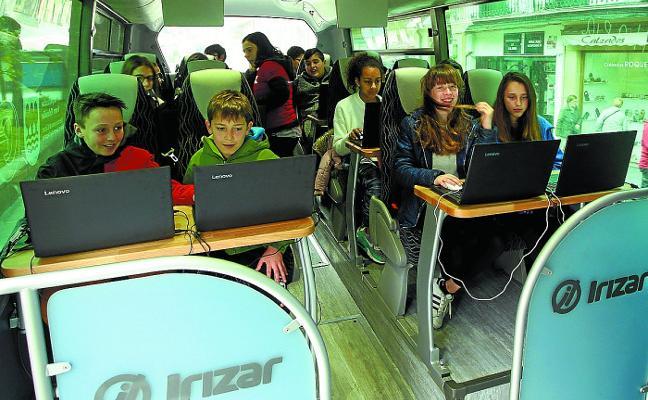 La Semana de la Cultura digital llega a Errenteria con un autobús y una carpa