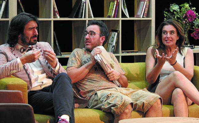 'Play out', una comedia sobre el éxito, los fracasos y las mentiras