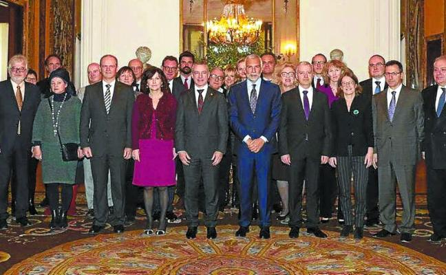 La vía de las consultas de Urkullu no logra el apoyo de las grandes familias políticas europeas