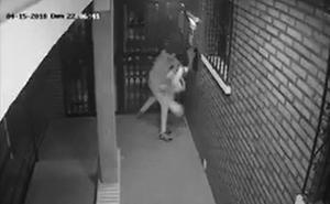Salvaje agresión en Algeciras a una mujer para robarle el bolso