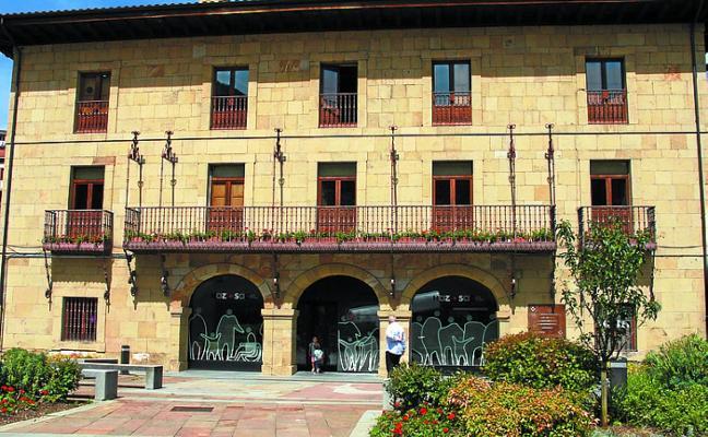 El Ayuntamiento contratará a dos peones de albañilería y uno de pintura para 6 meses