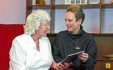 «La escasa iluminación es uno de los problemas habituales en las casas de personas con demencia»