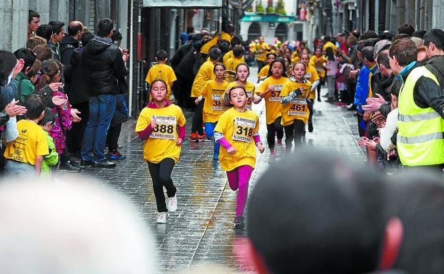 El XXV Cross José Gurrutxaga llenará las calles de atletas el domingo
