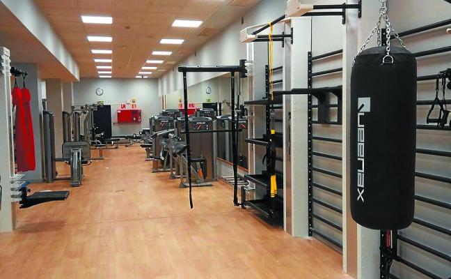 El polideportivo de Benta Berri estrena una zona de entrenamiento funcional