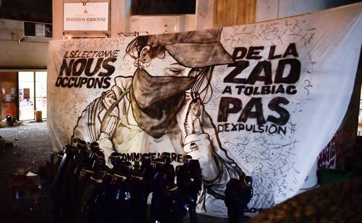 Las universidades francesas, en pie de guerra contra Macron