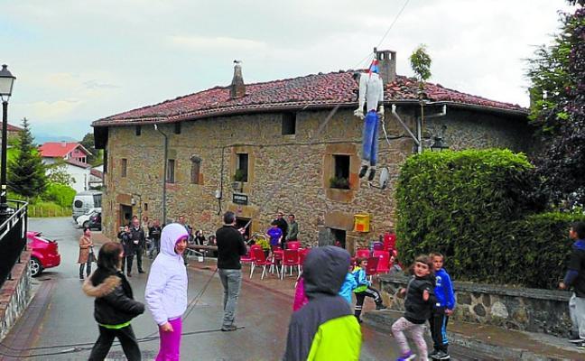 San Migel jaietako herri bazkariako tiketak erosteko epea asteazkena arte