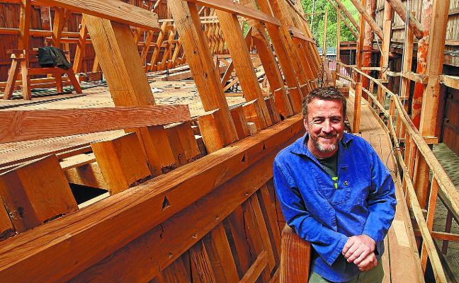 Xabier Agote, presidente de Albaola: «En el Festival Marítimo de Pasaia se van a ver algunos de los mejores barcos históricos del mundo»