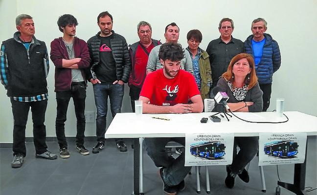 Los barrios de Tolosa exigen una solución al conflicto del bus urbano