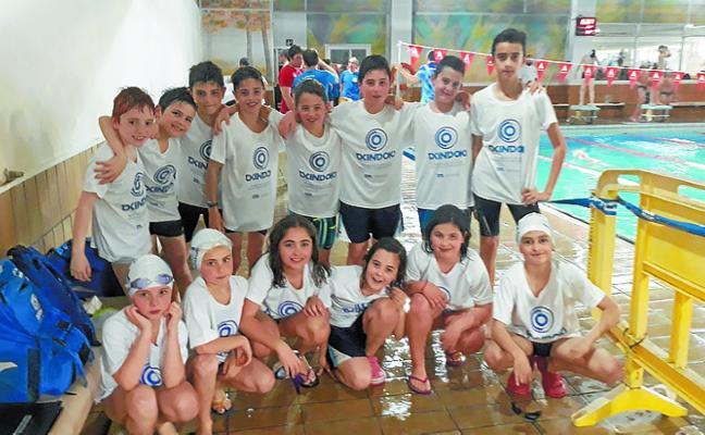 Los nadadores del Igartza-Txindoki TIM dejan alto el pabellón en varias categorías de la Liga