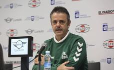Porfi Fisac: «Tenemos la obligación de ganar al Burgos»