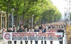 Miles de jubilados marchan en San Sebastián en demanda de unas pensiones «dignas»