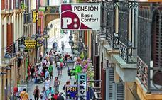 El Ayuntamiento declara la Parte Vieja de San Sebastián zona saturada de toda actividad económica