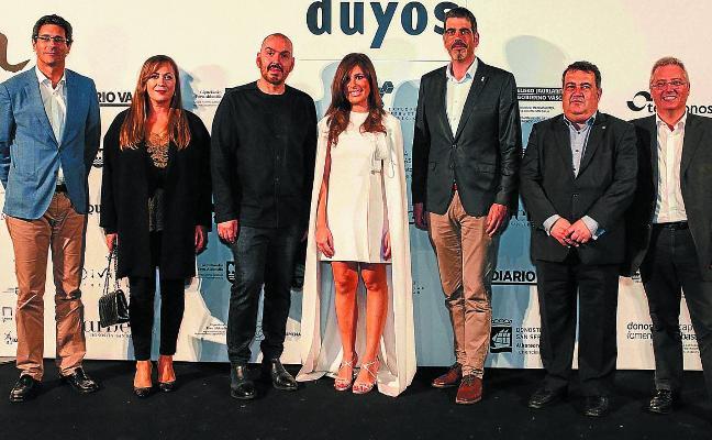 Box y Duyos triunfan en Balenciaga