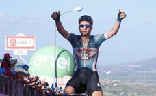 Wellens gana la primera etapa del Giro en Italia, con problemas para Froome