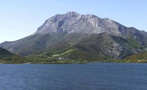 Fallece un montañero en Palencia cuando hacía esquí de travesía