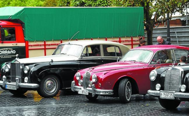 Encuentro de coches y motos clásicos de Azkoitia