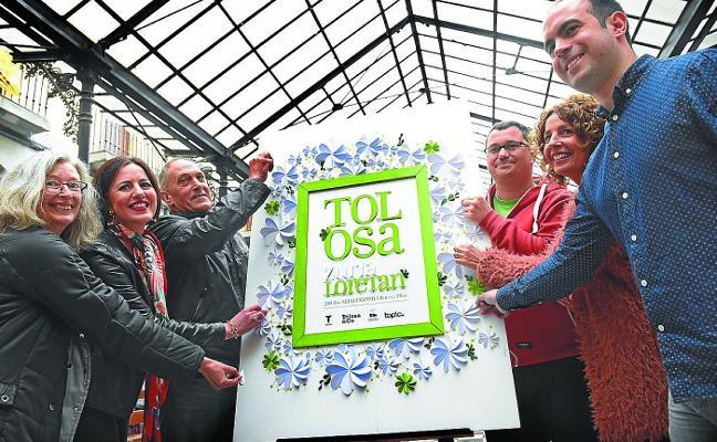 La fiesta Tolosa Zuria se vestirá por segundo año de flores y museos