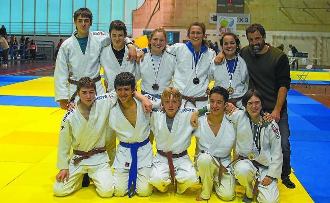 Buenos resultados de los cadetes en los campeonatos de Gipuzkoa y Euskadi