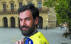 Asier Zubiria (portero del Bidasoa): «Echaré de menos el vestuario, pero no el balón»