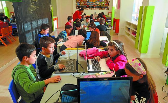 Gazte Robotika trata de despertar el interés por la ciencia y la tecnología