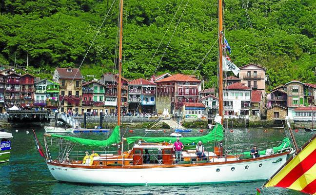 Pasaia celebra la fiesta de los mares